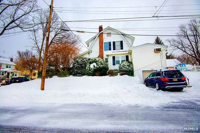 164 W Forest Avenue, Teaneck, NJ 07666 (MLS #21008009) :: The Sikora Group