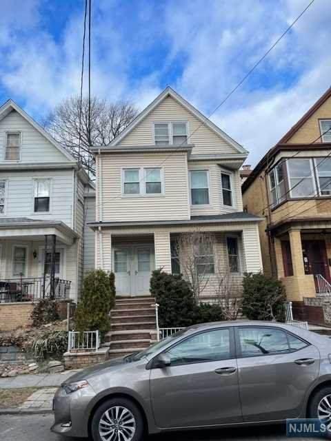 23 Willow Street, Bayonne, NJ 07002 (#21008793) :: United Real Estate