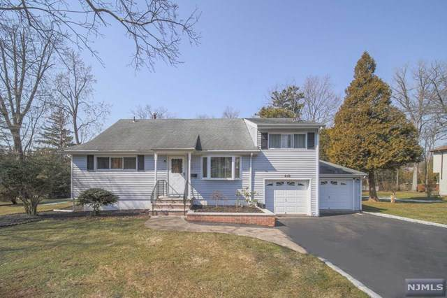 613 Wildwood Road, Northvale, NJ 07647 (MLS #21008918) :: Provident Legacy Real Estate Services, LLC