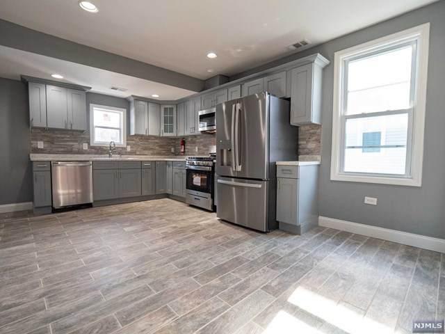 16 Hampton Street, Newton, NJ 07860 (MLS #21008961) :: Provident Legacy Real Estate Services, LLC