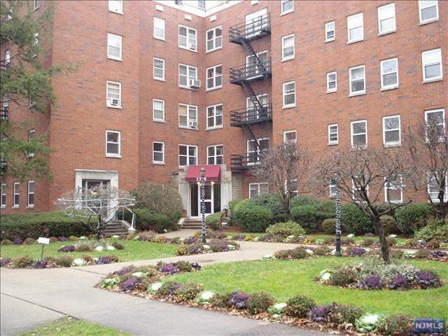 2330 Linwood Avenue - Photo 1