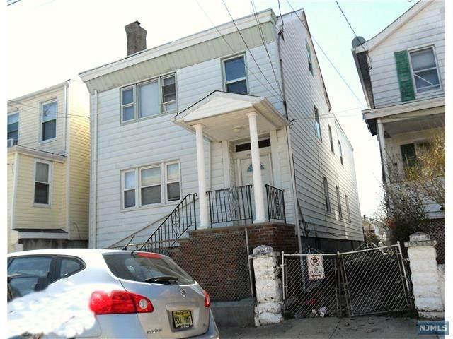 117 Paterson Avenue - Photo 1