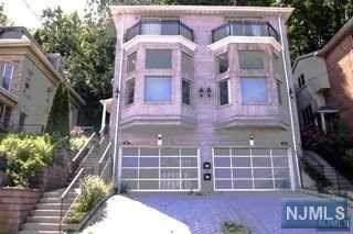 632 Undercliff Avenue - Photo 1