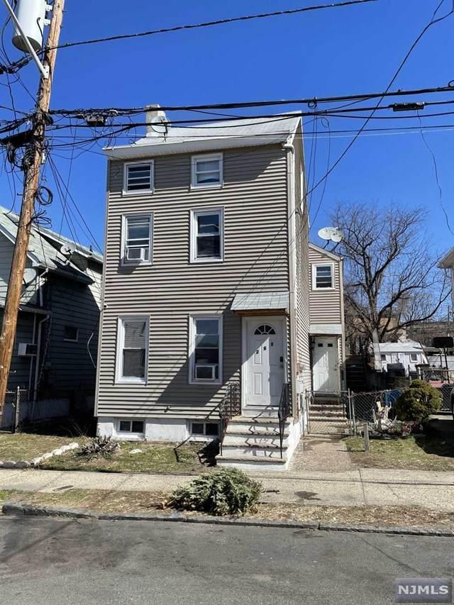 268-270 Paterson Avenue - Photo 1