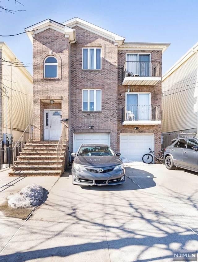 51 Saint Charles Street - Photo 1