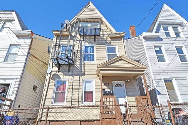 107 Putnam Street - Photo 1