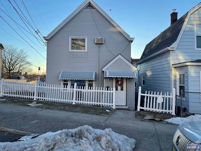 201 Wessington Avenue, Garfield, NJ 07026 (MLS #21009973) :: RE/MAX RoNIN