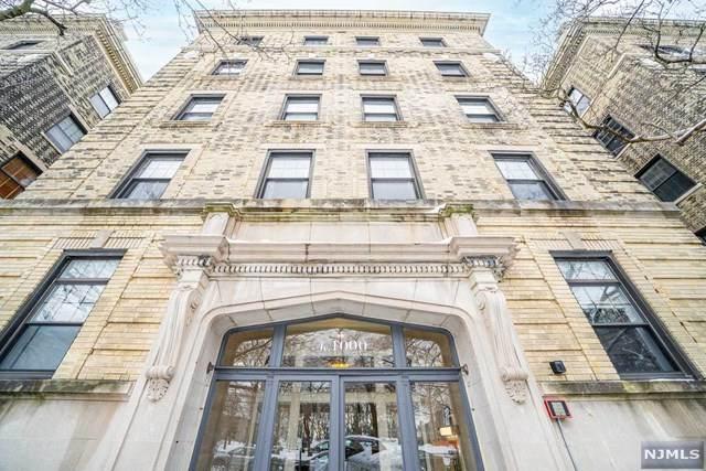 1000 Hudson Street - Photo 1