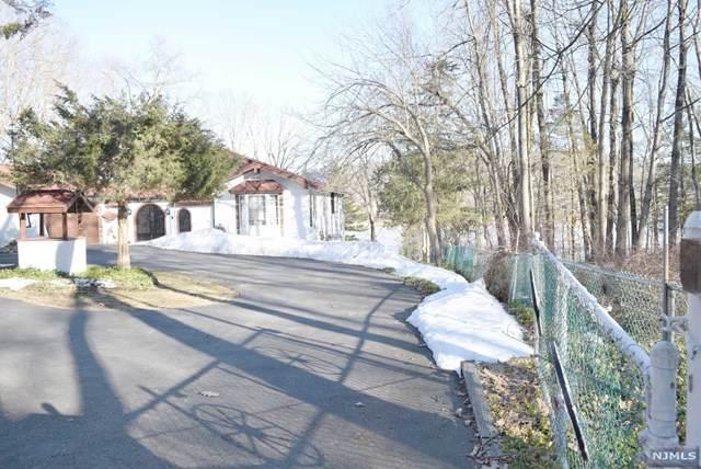 75 Fox Hollow Road, Sparta, NJ 07871 (MLS #21010534) :: Kiliszek Real Estate Experts