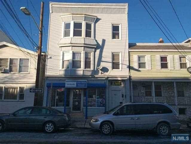 328 Cross Street - Photo 1