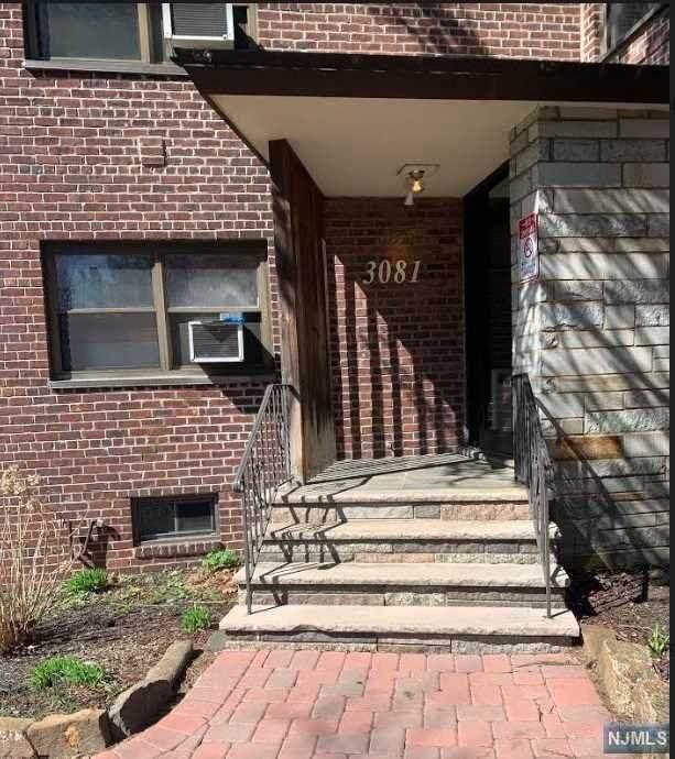 3081 Edwin Avenue - Photo 1