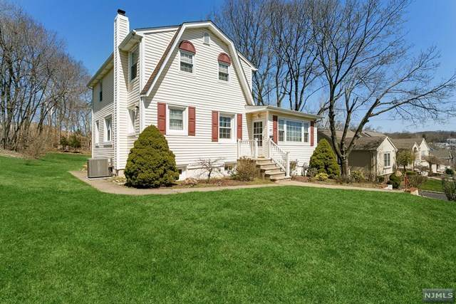 45 Overlook Avenue, North Haledon, NJ 07508 (MLS #21012589) :: Team Francesco/Christie's International Real Estate