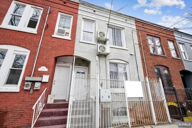 Newark, NJ 07104 :: Corcoran Baer & McIntosh