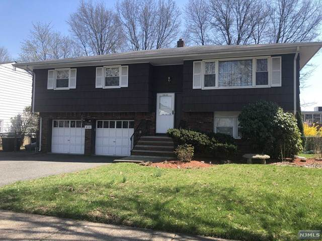 18-02 Calabrese Place, Fair Lawn, NJ 07410 (MLS #21012998) :: Provident Legacy Real Estate Services, LLC