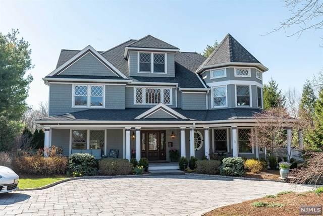 4 Brookside Avenue, Ridgewood, NJ 07450 (MLS #21013081) :: Corcoran Baer & McIntosh