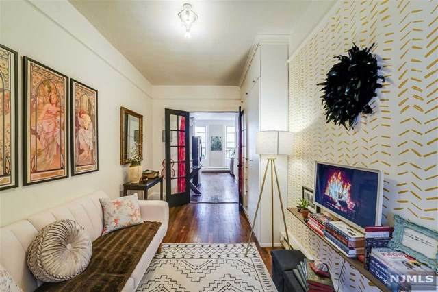 417 Adams Street 3L, Hoboken, NJ 07030 (MLS #21013109) :: Team Braconi | Christie's International Real Estate | Northern New Jersey