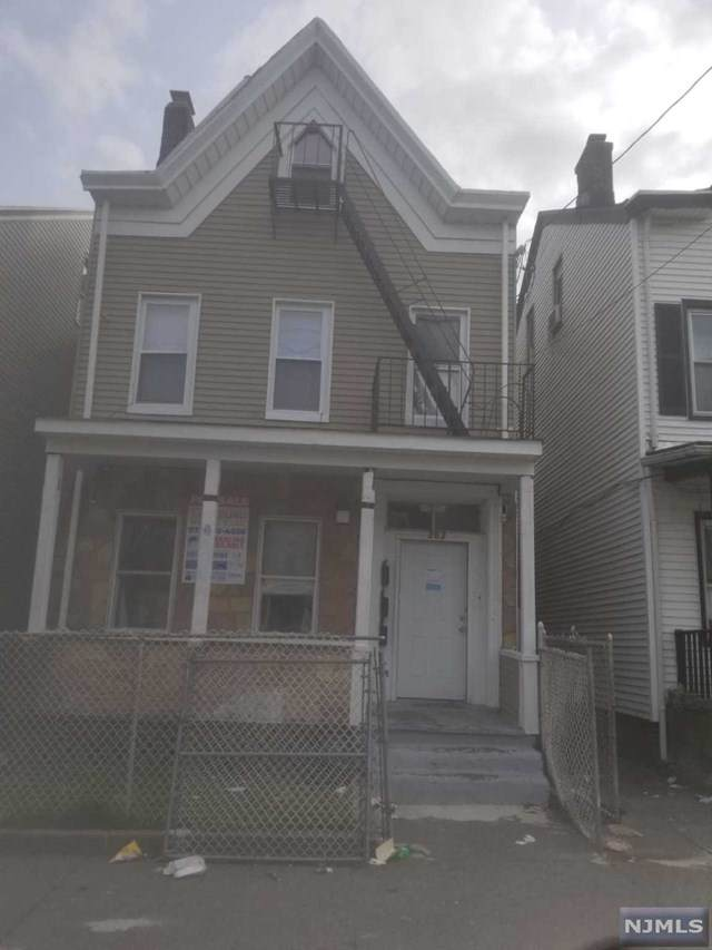 282 Hamilton Avenue, Paterson, NJ 07501 (MLS #21013142) :: Provident Legacy Real Estate Services, LLC
