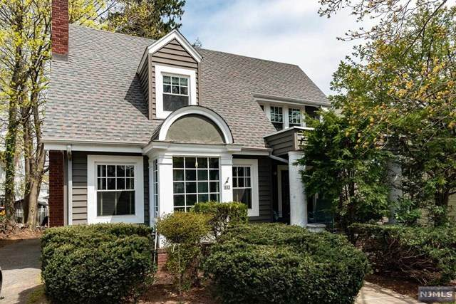 305 Division Avenue, Hasbrouck Heights, NJ 07604 (MLS #21013155) :: Team Braconi | Christie's International Real Estate | Northern New Jersey