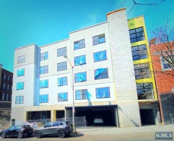 185 Broadway, Paterson, NJ 07505 (MLS #21013161) :: Team Braconi | Christie's International Real Estate | Northern New Jersey