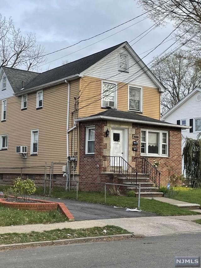 213 Elm Avenue - Photo 1