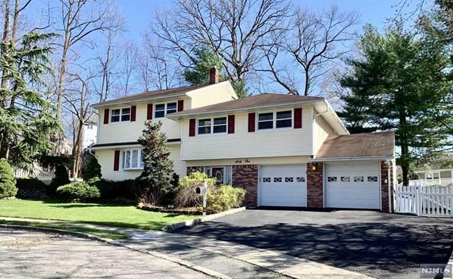 61 Cindy Lane, Emerson, NJ 07630 (MLS #21013276) :: The Dekanski Home Selling Team
