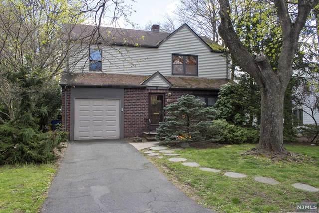 911 Warren Parkway, Teaneck, NJ 07666 (#21013751) :: NJJoe Group at Keller Williams Park Views Realty