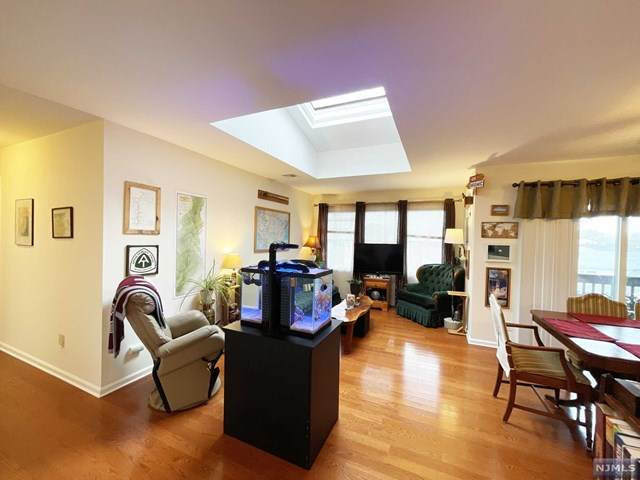 779 Riverside Avenue, Lyndhurst, NJ 07071 (MLS #21013796) :: Team Francesco/Christie's International Real Estate
