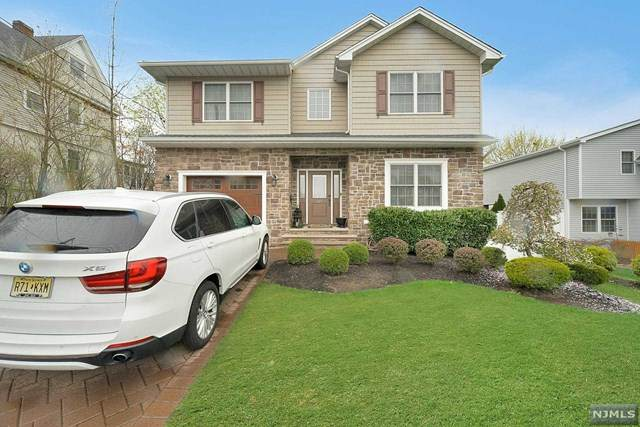 224 Jefferson Avenue, Hasbrouck Heights, NJ 07604 (#21013809) :: NJJoe Group at Keller Williams Park Views Realty