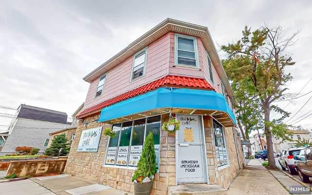 746 Riverside Avenue - Photo 1