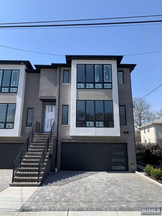 330 Wilson Avenue B, Fort Lee, NJ 07024 (MLS #21013869) :: Team Francesco/Christie's International Real Estate