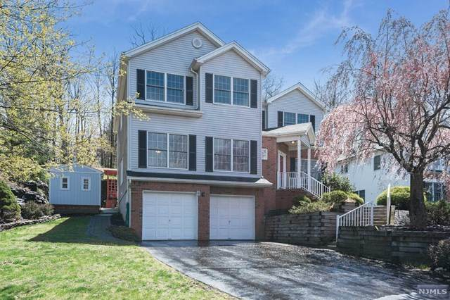 29 Lafayette Drive, Cedar Grove, NJ 07009 (MLS #21014558) :: Kiliszek Real Estate Experts