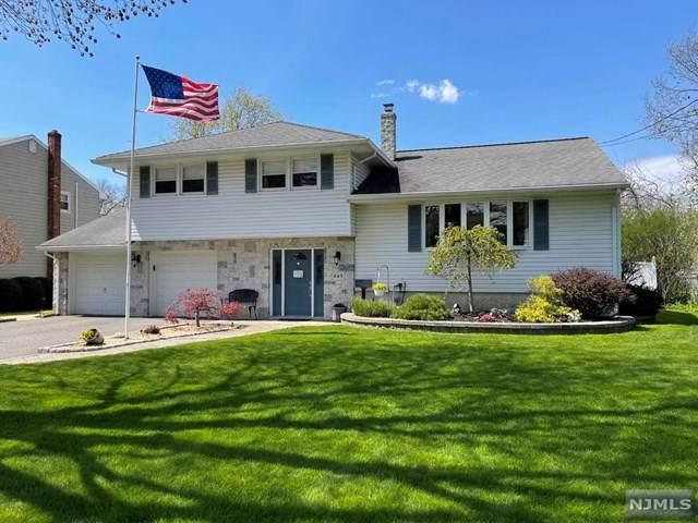 249 Beechwood Drive, Paramus, NJ 07652 (#21014622) :: NJJoe Group at Keller Williams Park Views Realty