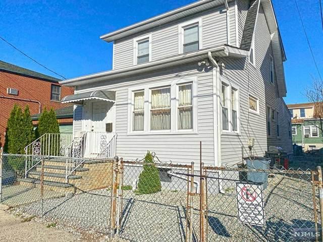 62 Hamilton Avenue, Fairview, NJ 07022 (MLS #21014677) :: RE/MAX RoNIN