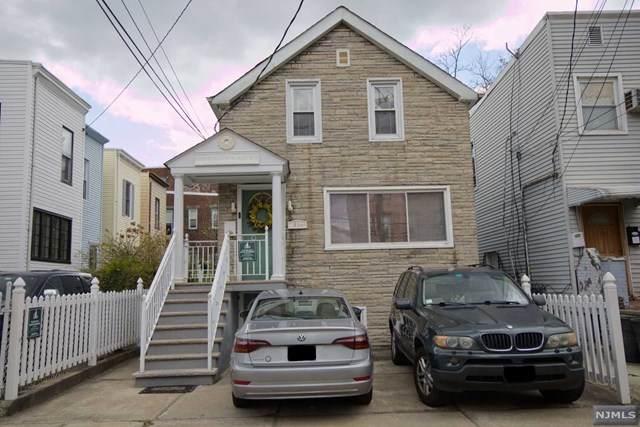 61 Zabriskie Street - Photo 1