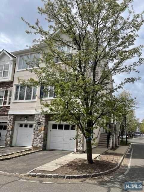34 Devonshire Drive, Clifton, NJ 07013 (MLS #21015117) :: Pina Nazario