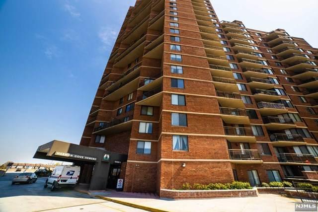 938 Harmon Cove Tower - Photo 1