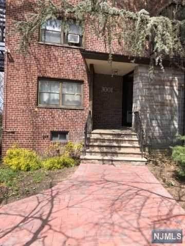3001 Edwin Avenue - Photo 1