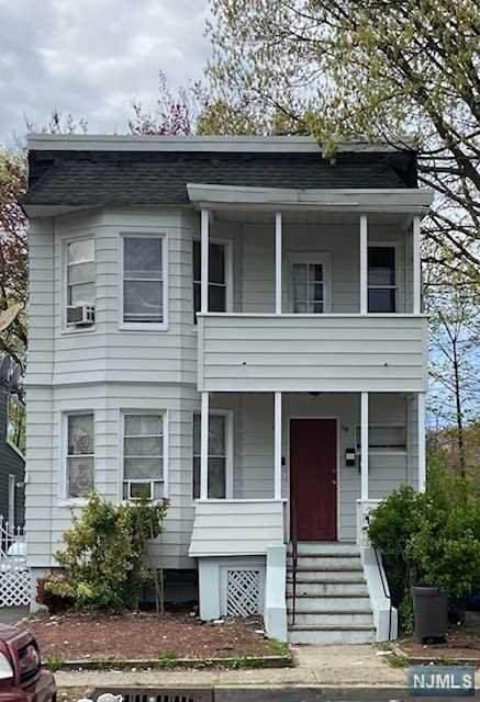 59 Cleremont Avenue - Photo 1