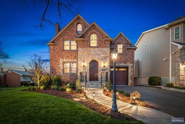 319 Main Avenue, Wood Ridge, NJ 07075 (MLS #21015962) :: Corcoran Baer & McIntosh