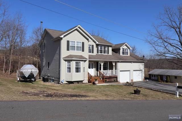 2 Linden Street, Sussex, NJ 07461 (MLS #21016067) :: Kiliszek Real Estate Experts
