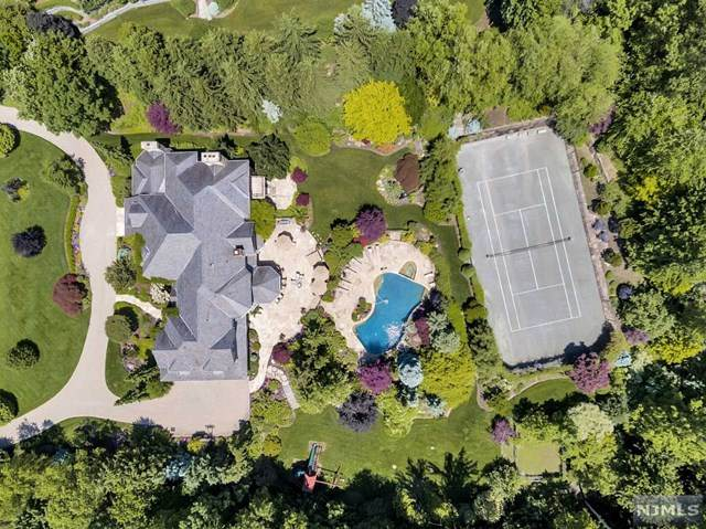 10 Buckingham Drive, Alpine, NJ 07620 (MLS #21016193) :: The Sikora Group