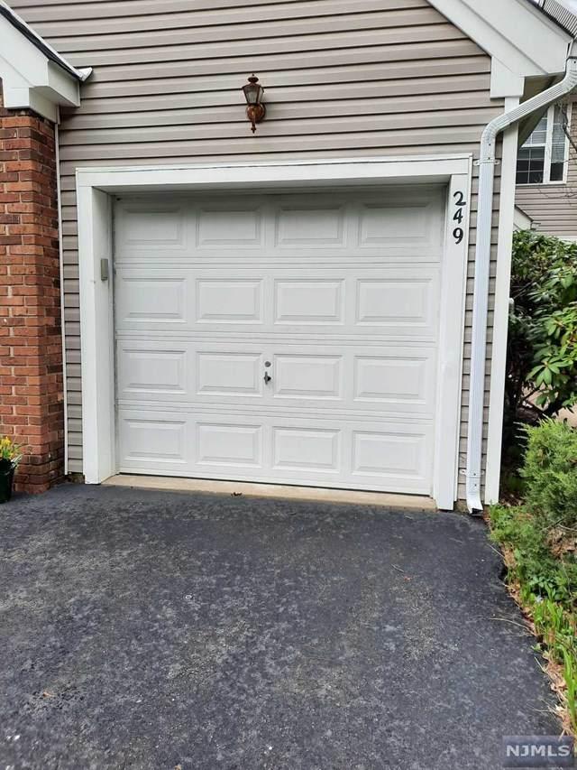 249 Laurel Court, Readington, NJ 08889 (MLS #21016302) :: Team Francesco/Christie's International Real Estate