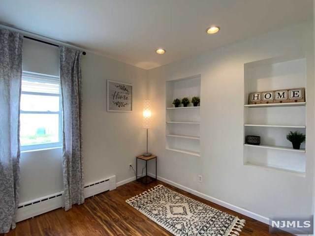 232&236 Macarthur Avenue - Photo 1