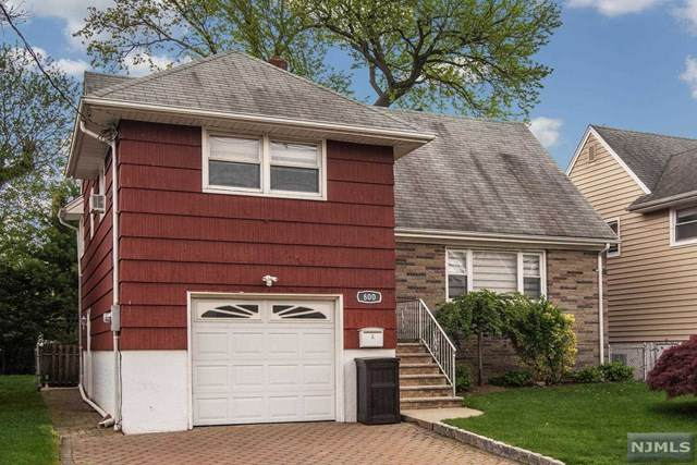 800 Kingsland Avenue, Ridgefield, NJ 07657 (MLS #21016449) :: Kiliszek Real Estate Experts