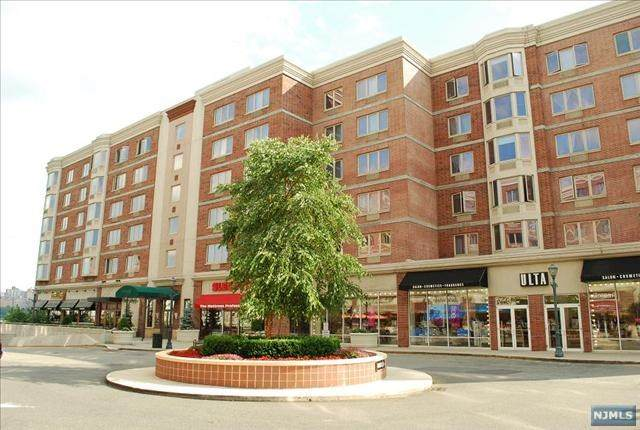 6201 City Place #6201, Edgewater, NJ 07020 (MLS #21016468) :: RE/MAX RoNIN