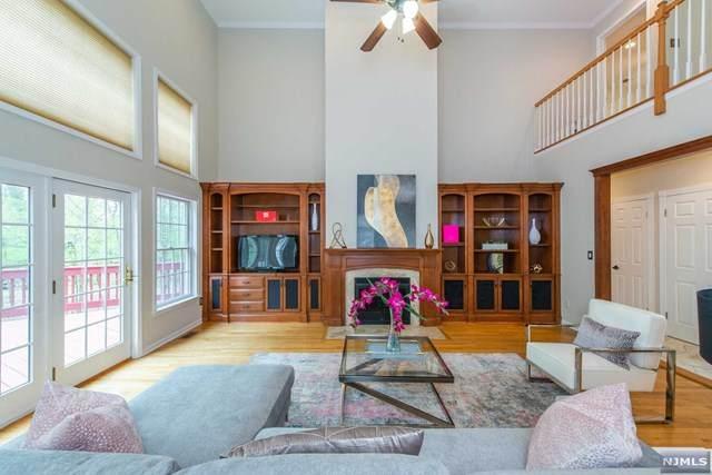 9 Ashland Drive, Montville Township, NJ 07045 (MLS #21016608) :: Kiliszek Real Estate Experts