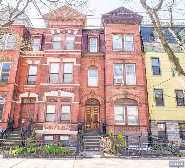 19 Bentley Avenue, Jersey City, NJ 07304 (#21016841) :: NJJoe Group at Keller Williams Park Views Realty