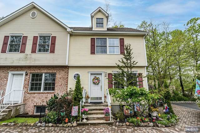 11 Fairfield Road, North Caldwell, NJ 07006 (MLS #21017125) :: The Dekanski Home Selling Team