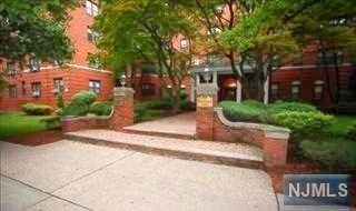 100 Prospect Avenue 3G, Hackensack, NJ 07601 (#21017164) :: Nexthome Force Realty Partners