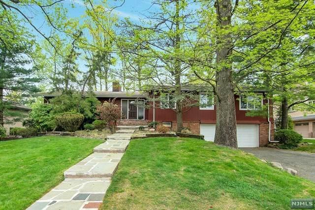 7 Maple Street, Englewood Cliffs, NJ 07632 (MLS #21017187) :: The Dekanski Home Selling Team